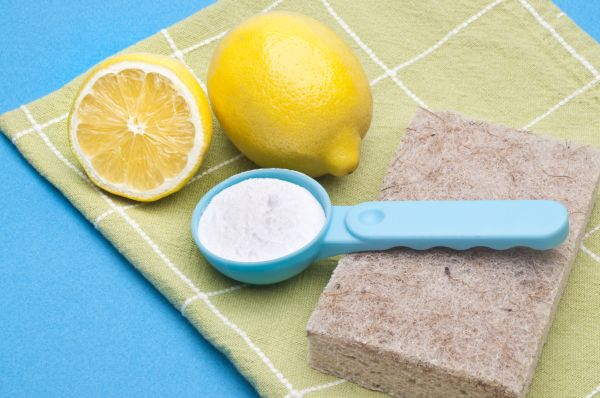 12 Natural Cleaning Solutions